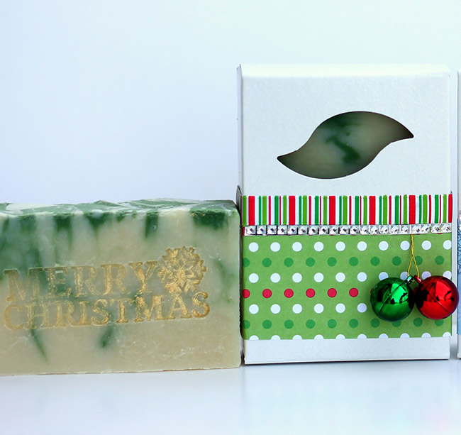 merry-christmas-tree-soap